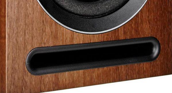Acoustic Energy AE 101 hangfal basszreflex nyílás
