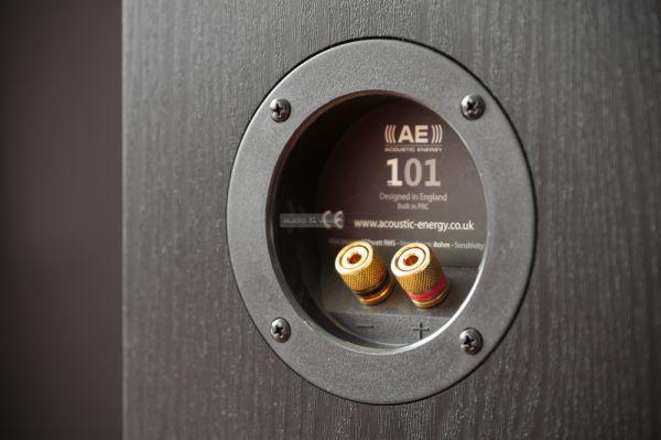 Acoustic Energy AE 101 hangfal csatlakozó
