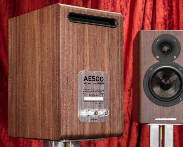 Acoustic Energy AE500 hangfal hátlap