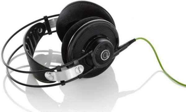 AKG Q 701 fejhallgató fekete színben
