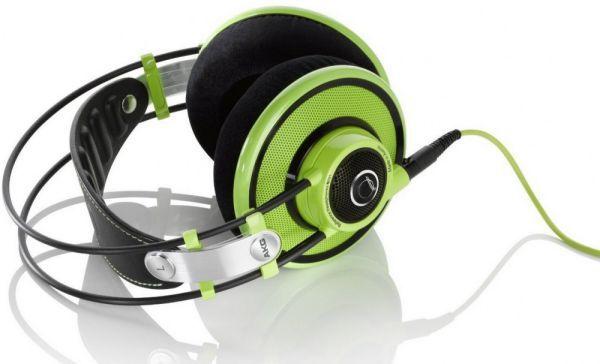 AKG Q 701 fejhallgató zöld színben