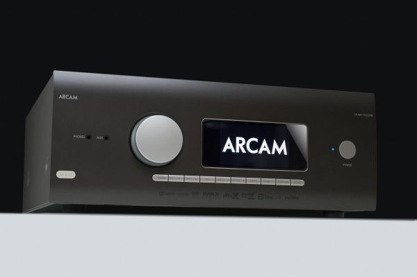 Arcam AVR10 házimozi erősítő