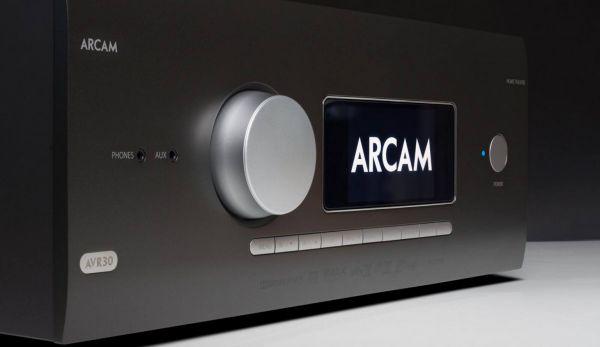 Arcam AVR30 házimozi erősítő