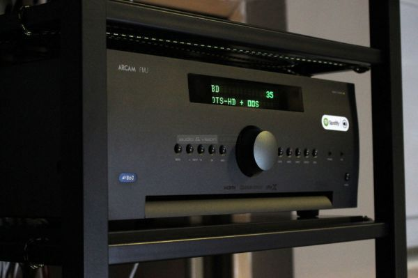 Arcam AV860 házimozi processzor