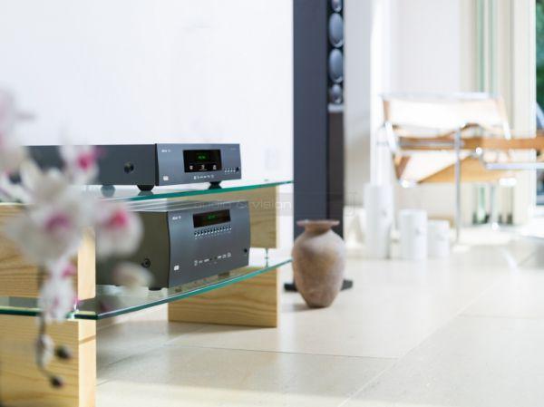 Arcam AVR380 házimozi erősítő és BDP300 Blu-ray lejátszó