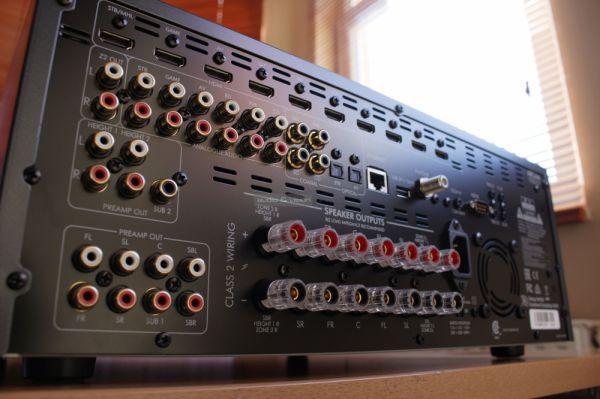 Arcam AVR390 házimozi erősítő hátlap