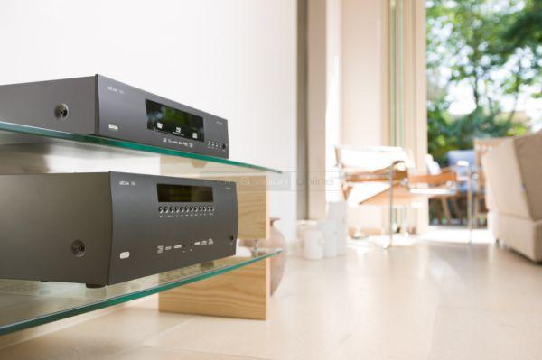Arcam AVR450 házimozi erősítő és BDP300 Blu-ray lejátszó