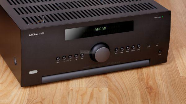 Arcam AVR550 Dolby Atmos házimozi erősítő