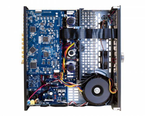 Arcam AVR850 házimozi erősítő belső