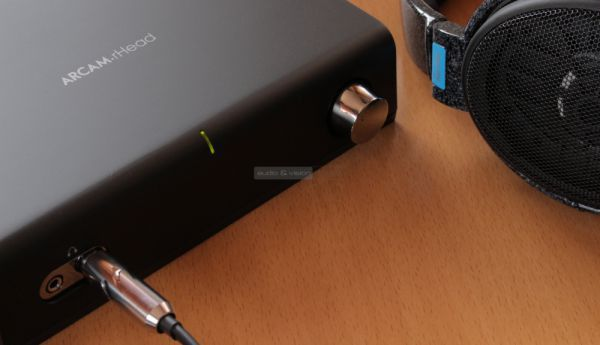 Arcam rHead fejhallgató erősítő és Sennheiser HD 600 fejhallgató