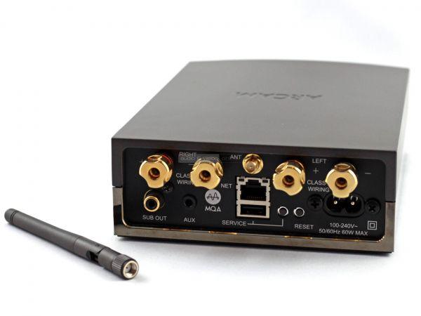 Arcam Solo Uno hálózati sztereó erősítő hátlap