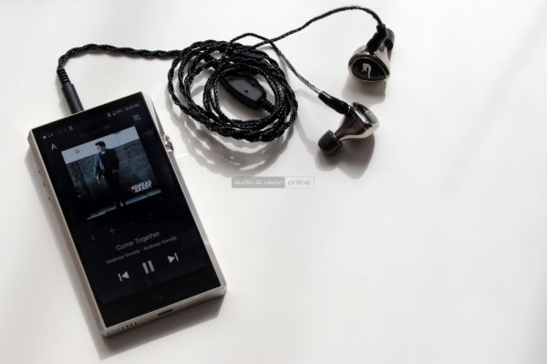 Astell and Kern LaylaII high end fülhallgató és SP1000