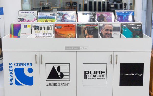 Vinyl lemezek az Audio Centrumban