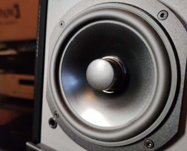 Audio Physic Avanti 35 hangfal középsugárzó