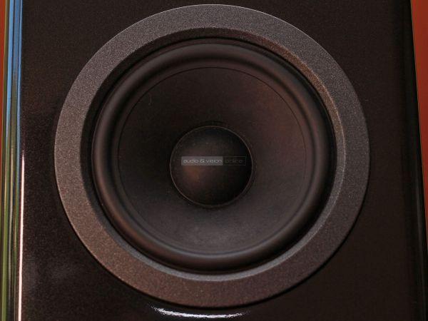 Audio Solutions Overture O302B hangfal mélysugárzó