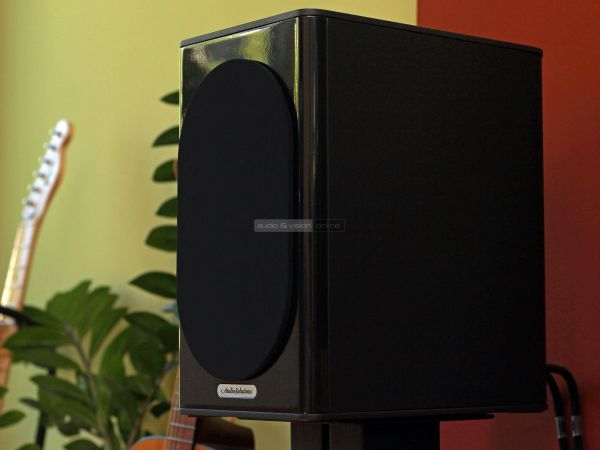 Audio Solutions Overture O302B hangfal selyem