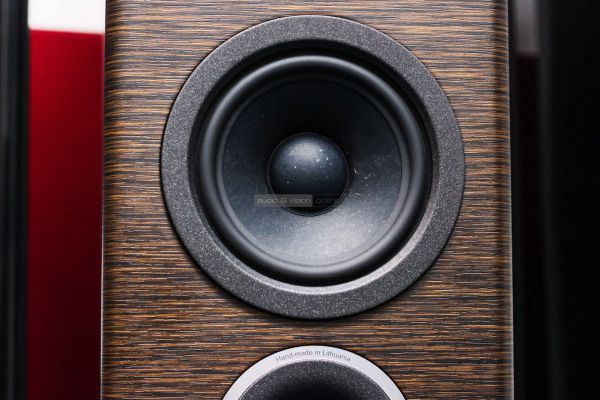 Audio Solutions O303F hangfal középsugárzó