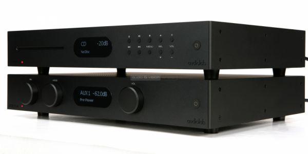Audiolab 8300A sztereó erősítő és 8300CD CD-lejátszó
