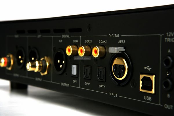 Audiolab 8300CD CD-lejátszó csatlakozók