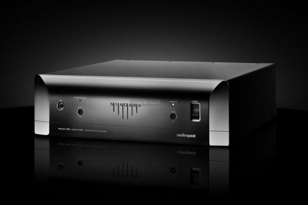 AudioQuest Niagara 7000 tápszűrő