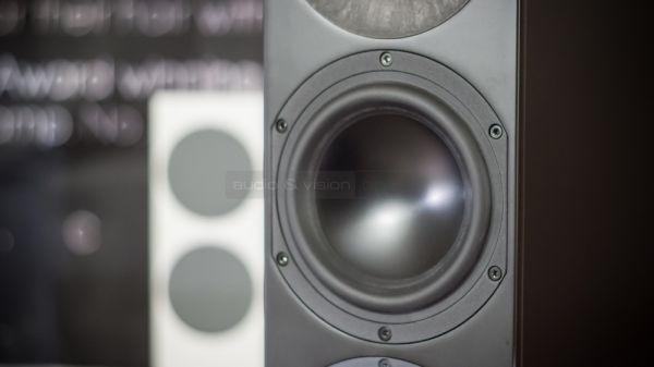 Aurelia Saphira álló hangfal mélyközép sugárzó