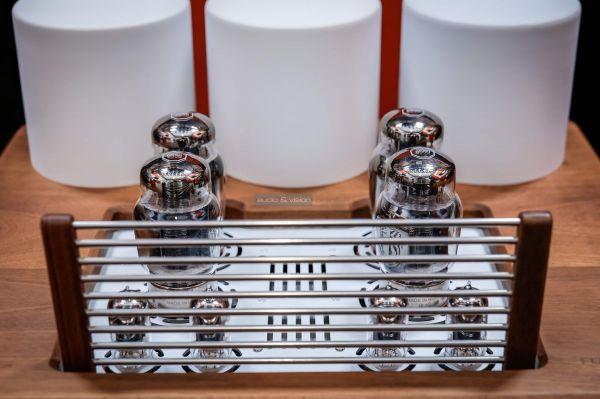 Auris Fortino 6550 csöves sztereó erősítő