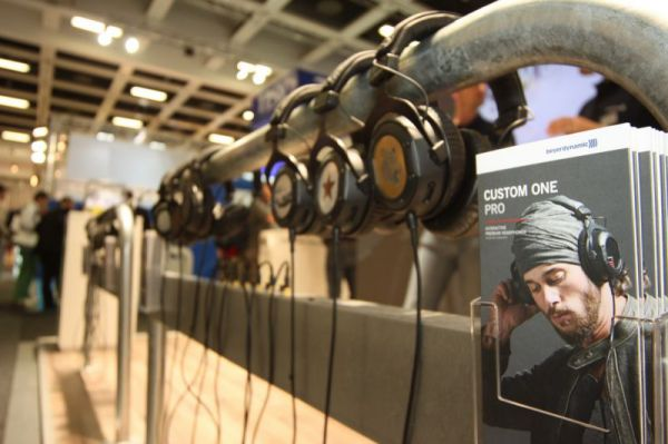 Beyerdynamic Custom One Pro fejhallgatók IFA 2012