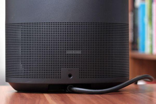Bose Home Speaker 500 Bluetooth hangszóró AUX bemenet