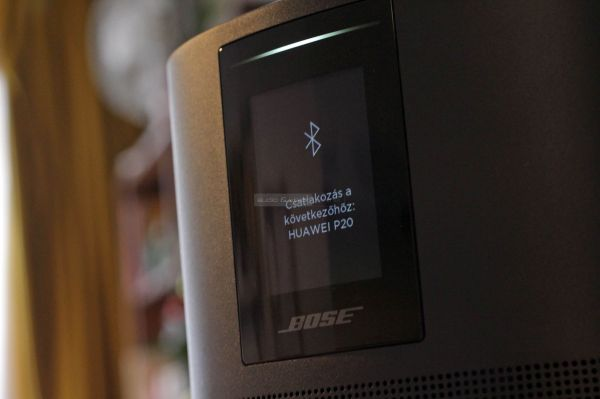 Bose Home Speaker 500 Bluetooth hangszóró display