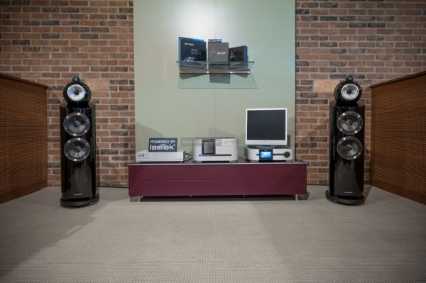 Bowers Wilkins 803 D3 high end hangfal az Aymara Hifiboltban