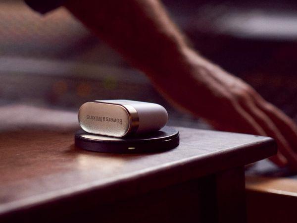 Bowers Wilkins PI7 TWS Bluetooth fülhallgató tok