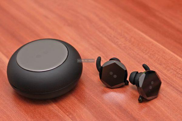 BUTTONS Air TWS Bluetooth fülhallgató