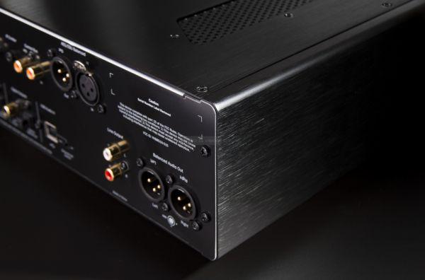 Cambridge Audio 851N hálózati lejátszó hátlap