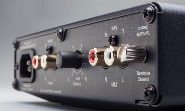 Cambridge Audio Alva Solo MM phono előerősítő hátlap