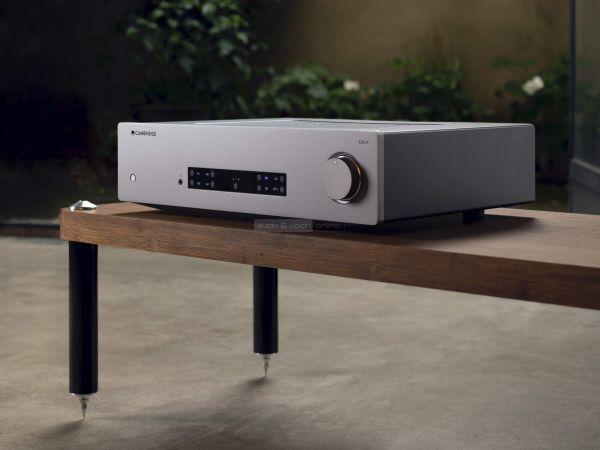 Cambridge Audio CXA81 sztereó erősítő