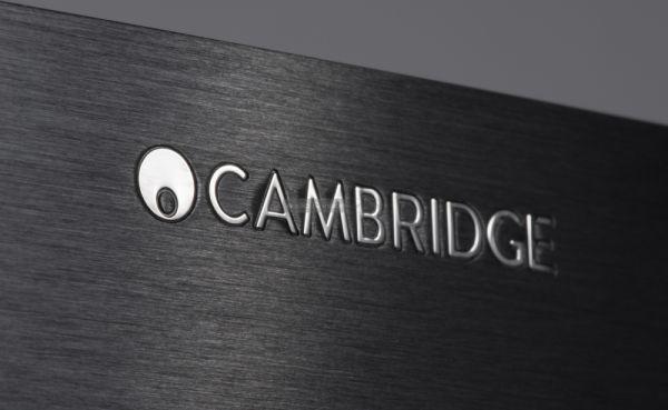 Cambridge Audio CXR120 házimozi erősítő