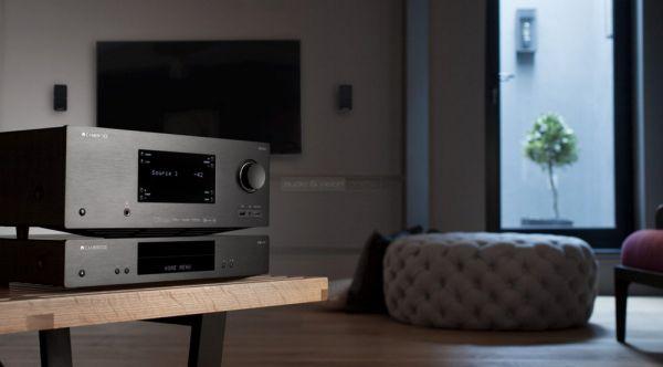 Cambridge Audio CXUHD Blu-ray lejátszó és CXR200 házimozi erősítő