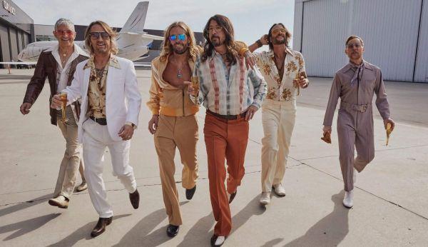 Foo Fighters Dee Gees
