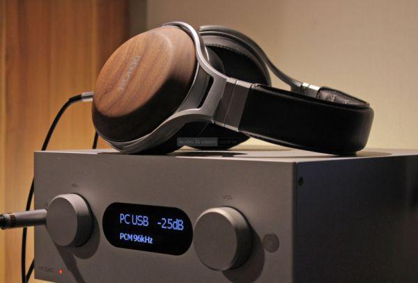 Denon AH-D7200 hifi fejhallgató és Audiolab M-DAC+