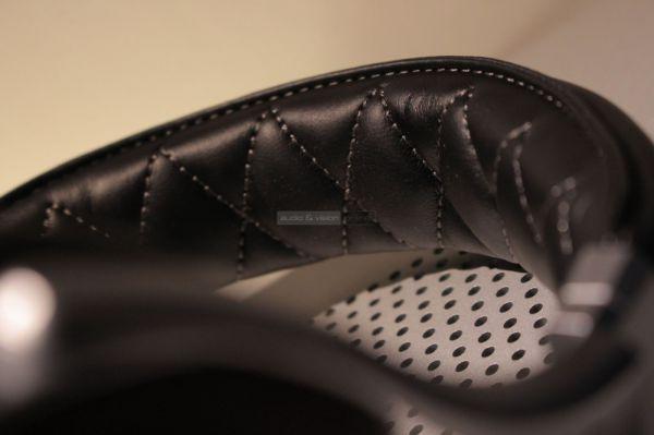 Denon AH-D7200 hifi fejhallgató fejpánt