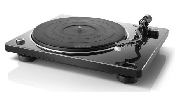 Denon DP-400 vinyl lemezjátszó