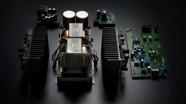 Denon PMA-2500NE integrált sztereó erősítő és DCD-2500NE CD-lejátszó teszt belső