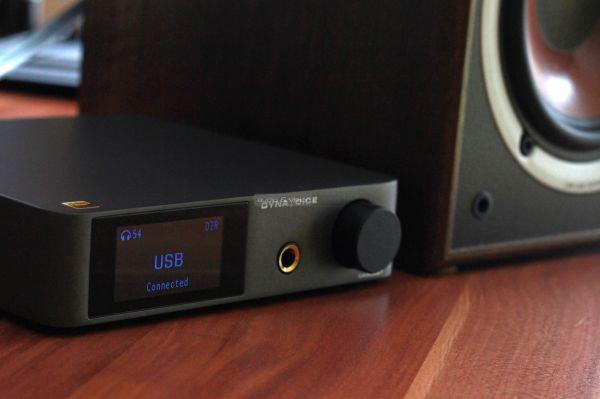 Dynavoice Challenger CA802BT sztereó erősítő USB DAC