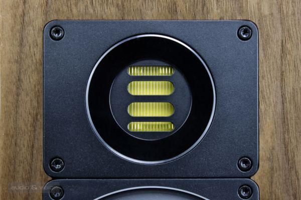 ELAC BS 403 állványos hangfal JET 5 magassugárzó