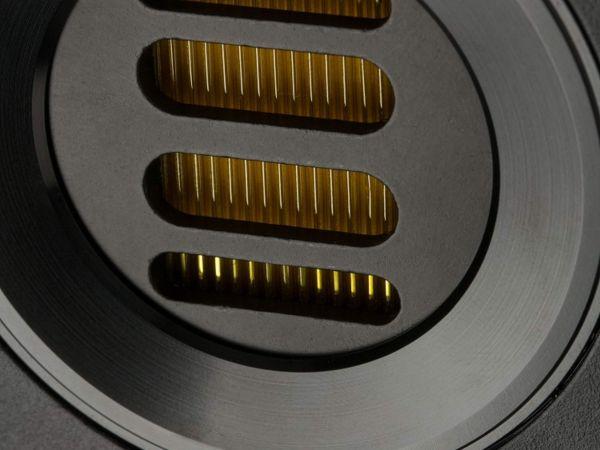 ELAC Vela BS 403 hangfal magassugárzó