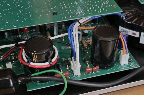 Exposure XM5 sztereó erősítő belső