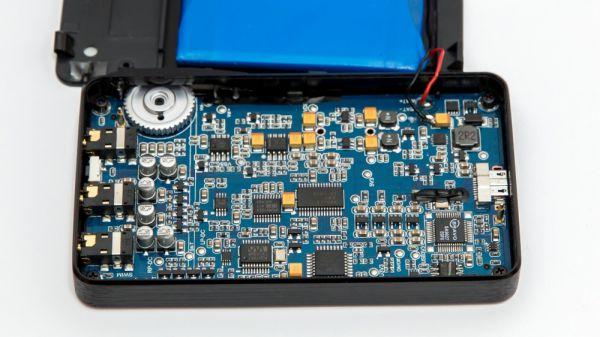 FiiO ALPEN 2 E17K mobil DAC és fejhallgató erősítő belső