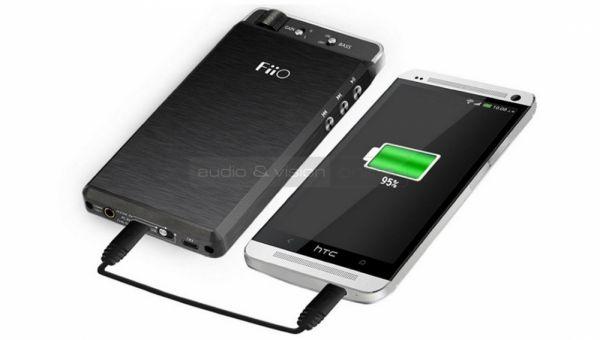 FiiO E18 Kunlun USB DAC és fejhallgató erősítő HTC telefonnal