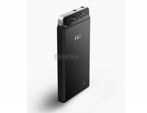 FiiO E18 Kunlun USB DAC és fejhallgató erősítő