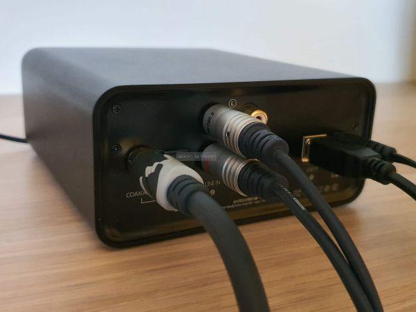 FiiO K5 Pro fejhallgató erősítő hátlap